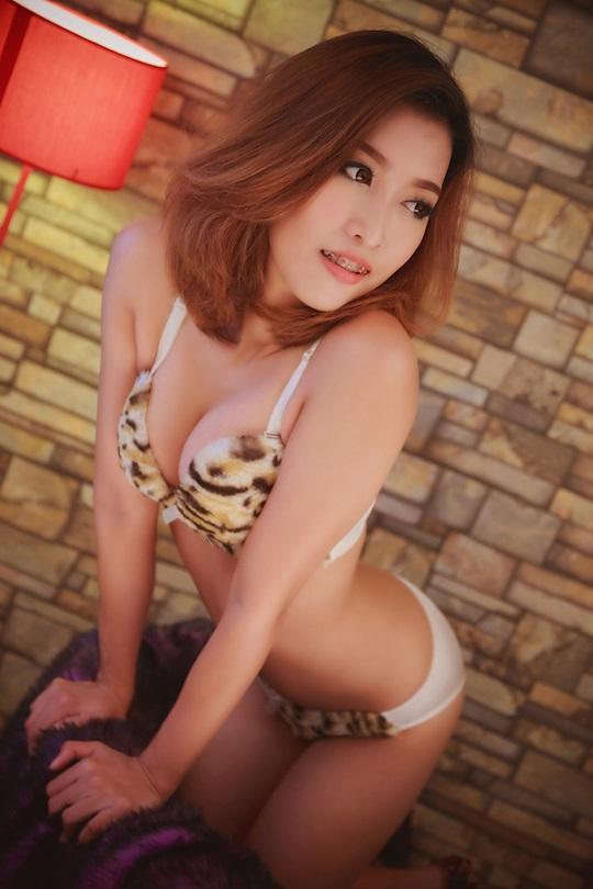 Girl escort in bangkok